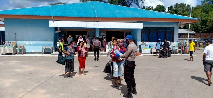 Satuan Polair Polres Rote Ndao Perketat Pintu Masuk Pelabuhan ASDP Cegah Corona
