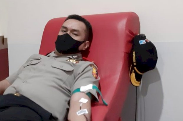 Untuk memenuhi Kebutuhan Stok Darah di Tengah Pandemi Covid-19, Peserta Serdik Sespimen Polri Dikreg ke-60 Asal NTT Lakukan Aksi Donor Darah