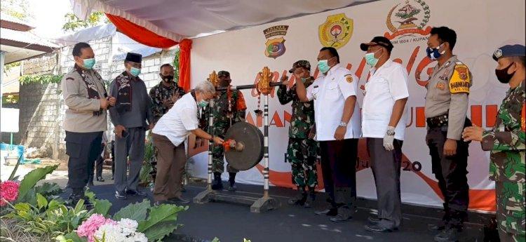 Kapolres Kupang Kota Dampingi Wakil Walikota Kupang Launching Kelurahan Tangguh Liliba