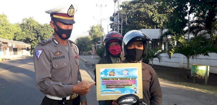 Kanit Dikyasa Sat Lantas Polres Sikka Imbau Masyarakat Untuk Tertib Berlalu Lintas