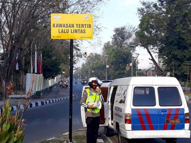 Unit Dikyasa Satuan Lalu Lintas Polres Kupang Kota menggelar kegiatan sosialisasi Pendidikan Masyarakat