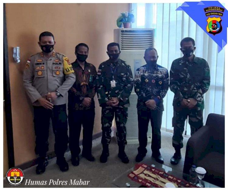 Menjaga Soliditas TNI-Polri, Kapolres Manggarai Barat Sambut Kedatangan Danrem 161/ Wirasakti