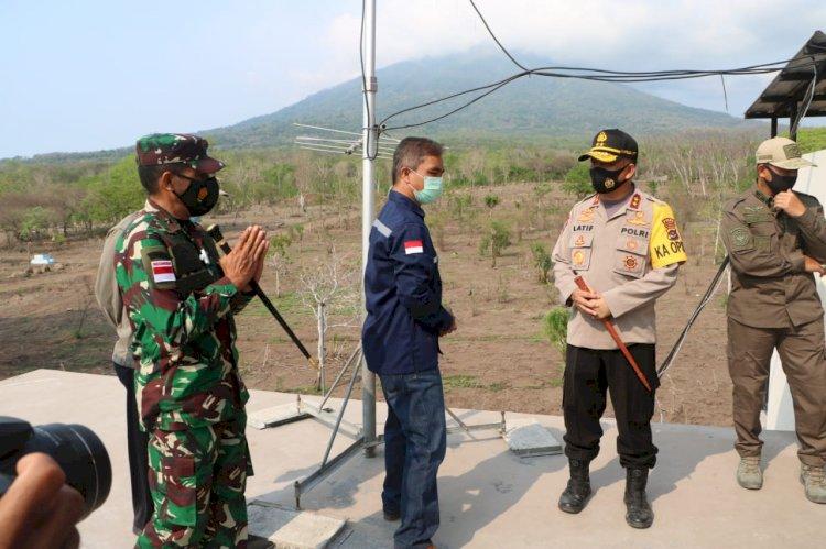 Kapolda NTT-Danrem 161/Wirasakti pantau langsung aktivitas gunung Ile Lewotolok
