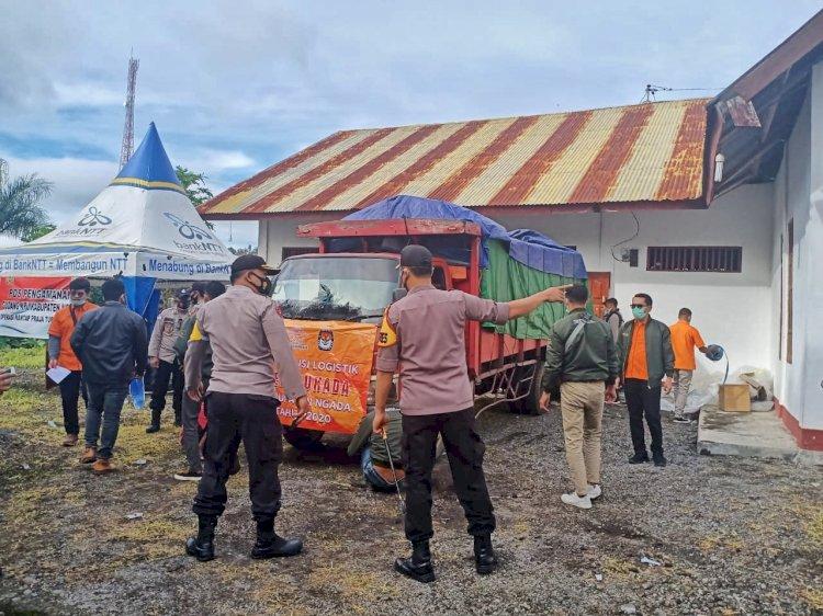 Logistik Pilkada Didistribusi, Personel Polres Ngada Lakukan Pengawalan dan Pengamanan