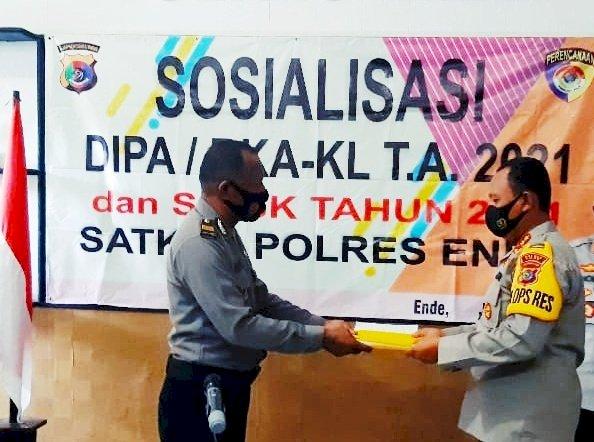 Kapolres Ende Pimpin Sosialisasi DIPA / RKA – KL TA. 2021 dan Penandatanganan Pakta Integritas