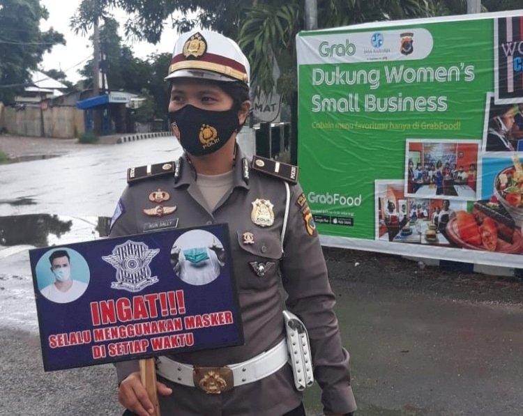 Satlantas Polres Kupang Kota Ingatkan Masyarakat Untuk Selalu Menggunakan Masker di Setiap Waktu