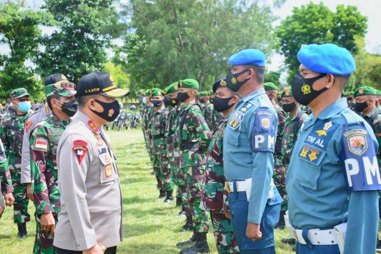 Kapolda NTT dan Danrem 161/WS Pimpin Apel Persiapan Pengamanan Kunjungan Presiden RI di Sikka