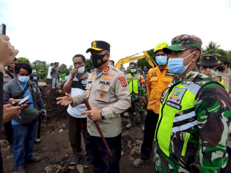 Polda NTT Terjunkan 500 Anggota Ke Lokasi Bencana di Flotim dan Lembata