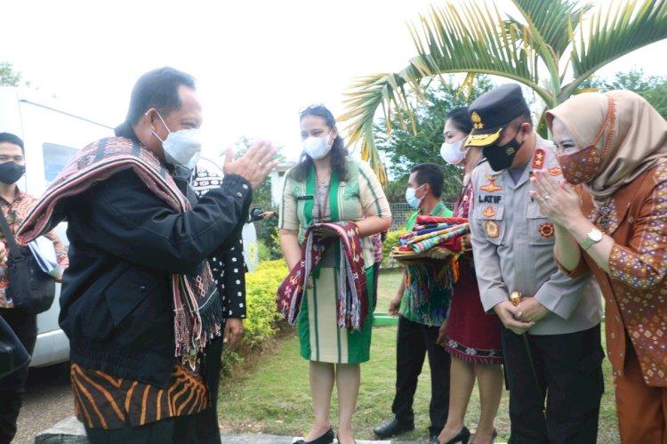 Kapolda NTT Sambut Kunjungan Kerja Mendagri di Kupang