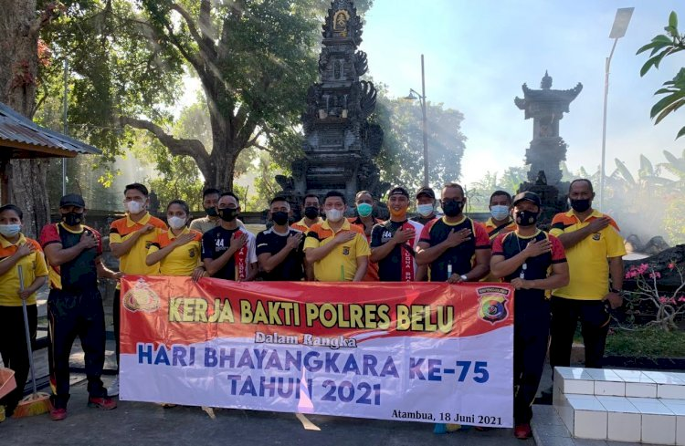 Sambut Hari Bhayangkara ke-75, Polres Belu Gelar Kerja Bhakti Bersama TNI