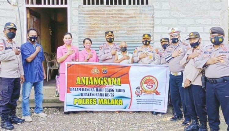 Menyongsong Hari Bhayangkara ke-75, Jajaran Polres Malaka Gelar Anjangsana dan Tabur Bunga