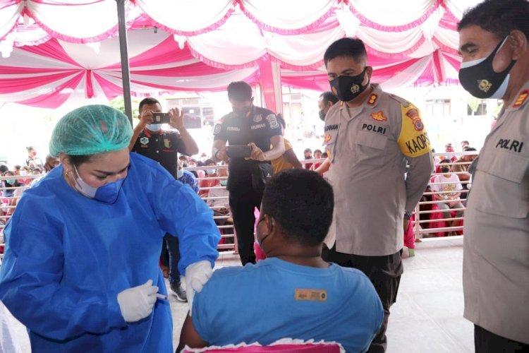 Serbuan Vaksinasi Massal, Polres Kupang Gandeng Dinas Kesehatan Gelar Vaksinasi di Wilayah Kabupaten Kupang