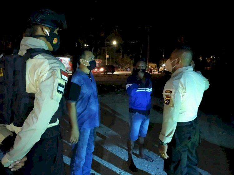 Gelar Patroli Malam Minggu, Ditsamapta Polda NTT Beri Imbauan Prokes