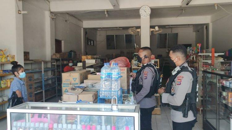 Sasar Pertokoan di Kota Kupang, Unit Patroli Reaksi Cepat (UPRC) Ditsamapta Polda NTT Gelar Patroli Prokes