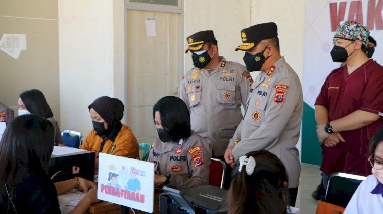 Tinjau Pelaksanaan Vaksin Merdeka di Undana Kupang, Kapolda NTT Minta Tetap Jaga Prokes