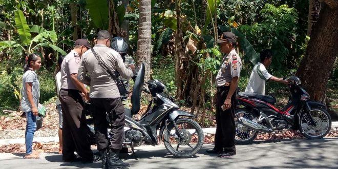 Aparat Polsek Wewiku Amankan Sebilah Pisau Sabu dari Tangan Pengendara Sepeda Motor