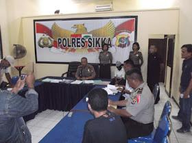 Polres Sikka Laksanakan Konferensi Pers Terkait OTT Kasus Pungli