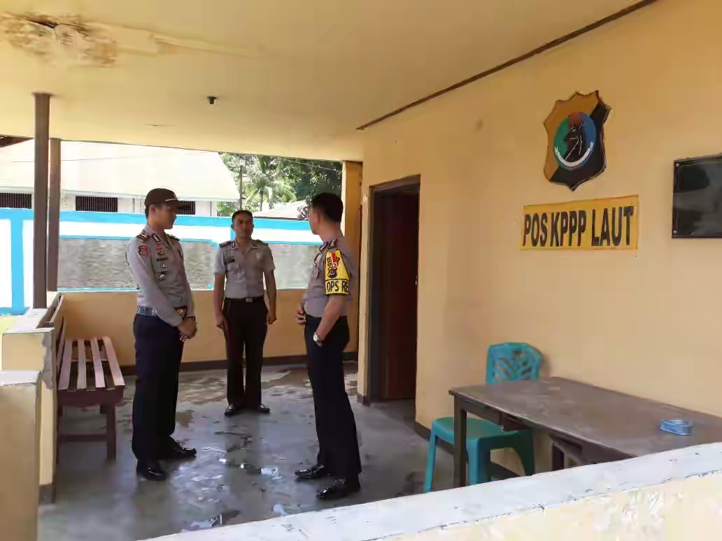 Polsek Reo mendapat kunjungan dari Kapolres Manggarai