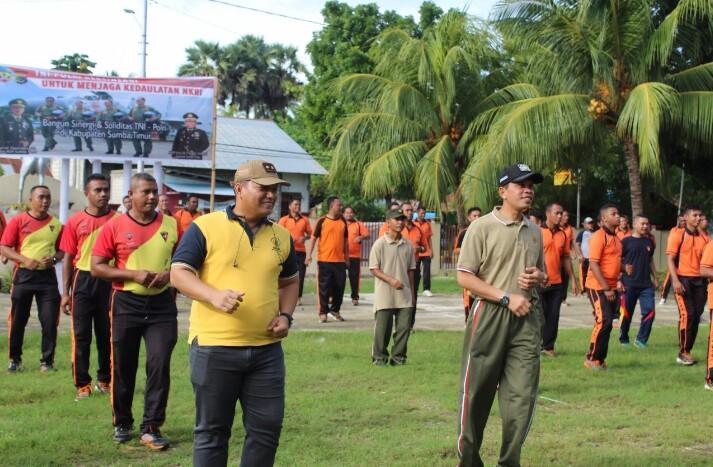 Sinergi Polres Sumba Timur - TNI dengan olahraga Bersama