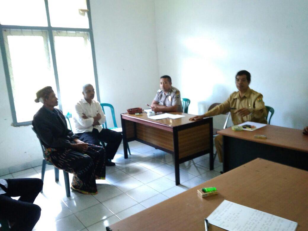 Bhabinkamtibmas Gedeng Bhabinsa dan Instansi Terkait Mediasi Kasus Tanah