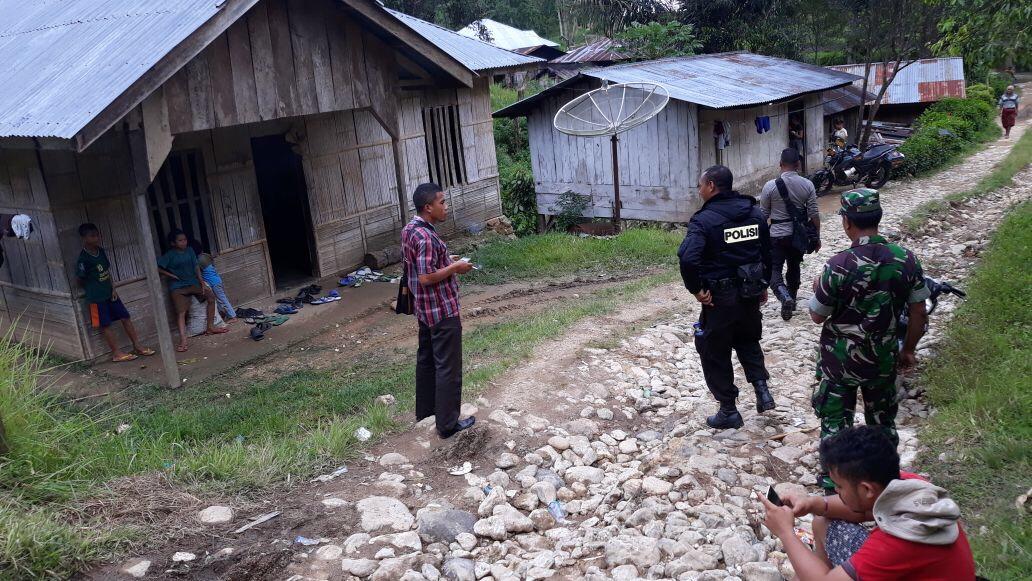 Personil Polsek Lemba Leda Melakukan Pengamanan Kampanye Paslon Bupati