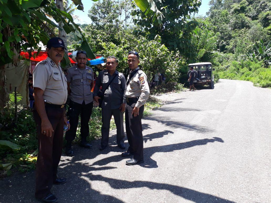 Kapolsek Sambi Rampas Pimpin Pengamanan Kampanye Paslon Bupati di Kampung Ndili