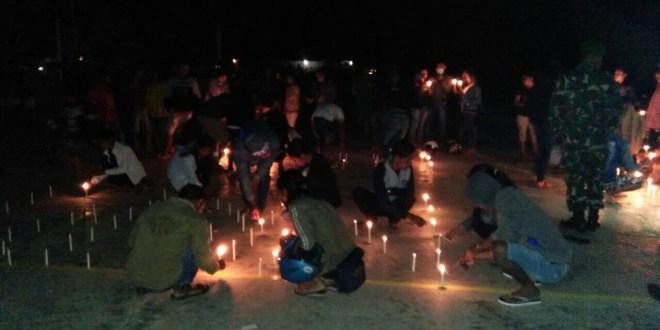 Aksi Damai 1000 Lilin oleh Pemuda Lintas Agama Sumba Tengah Dukung TNI dan Polri Berantas Terorisme