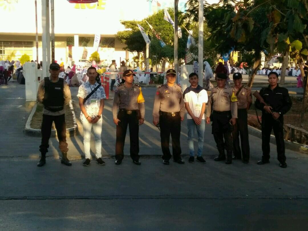 Personil Polda NTT dan Polres Kupang Kota Amankan jalannya Ibadah Sholat Idul Fitri 1439 H di 20 titik Lokasi di Kota Kupang