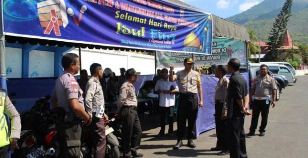 Kapolres dan Waka Polres Flotim Tinjau Kesiapan Pos Pam Hari Raya Idul Fitri 1439 H