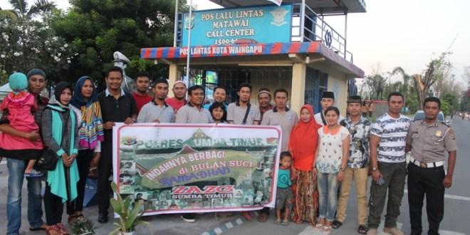 Isi Kegiatan Positif di Bulan Ramadhan, Komunitas ZAZg Sumba Timur Bagi-bagi Takjil Gratis