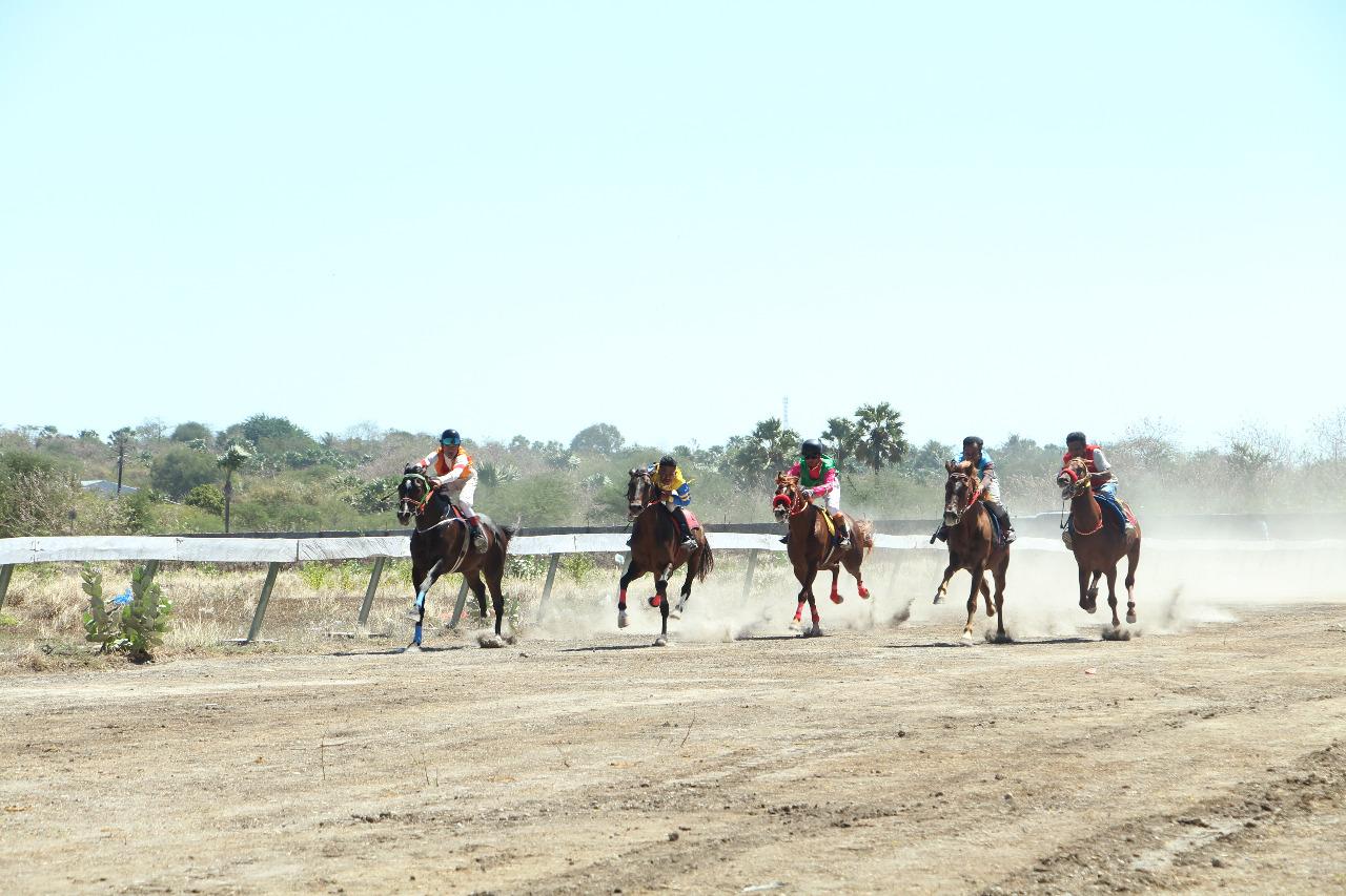 Pacuan Kuda Kapolda Cup 2018, Polda NTT bangun Citra Positif Bagi Pengembangan Pariwisata