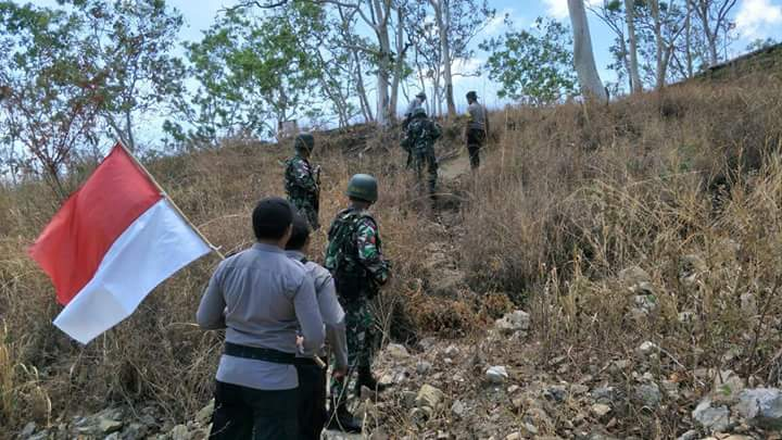 Polubsektor Lookeu dan Satgas Pamtas TNI, Maksimalkan Patroli, Cek Keutuhan Patok Batas dan Cegah Aksi Penyelundupan