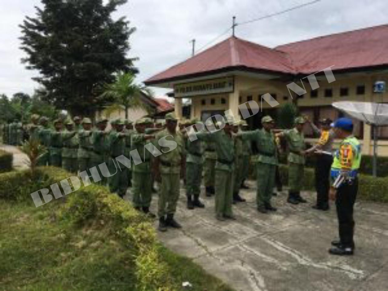 Kesiapan Pengamanan Pemilu 2019, Polsek Miomaffo Barat berikan Pembekalan dan Pelatihan kepada Para Linmas Desa