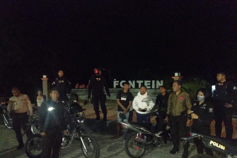 Patroli Ke Taman Fontein, Satuan Sabhara Polres Kupang Kota Bubarkan Pemuda yang Konsumsi Miras
