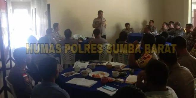 Anev OMB || Rapat Membahas Situasi Kamtibmas Dipimpin Langsung Oleh Kapolres Sumba Barat