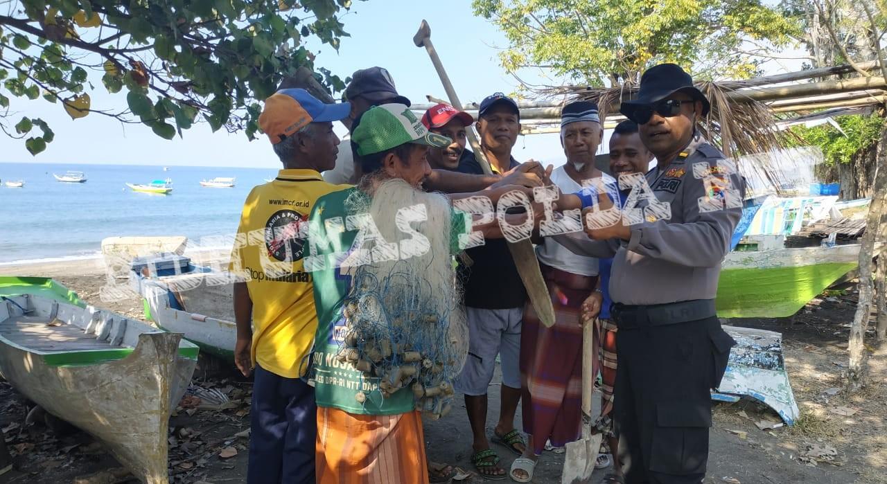 Sambangi Warga Binaannya, Kapolsek Nangaroro Ajak Warga Lestarikan Terumbu Karang