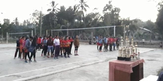 Penutupan Turnamen Volley Ball Pemuda Lintas Agama Cup di Sumba Tengah