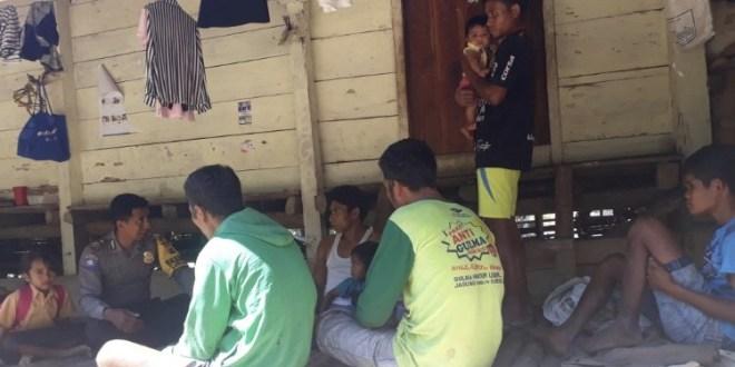 Sambang ke Desa Binaan, Brigpol Orlando Mahoklory Mengimbau Hal Ini