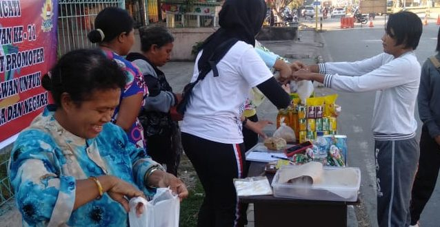 Peringati Hut Polwan Ke 71, Polwan Polres Ttu Gelar Bazar Murah