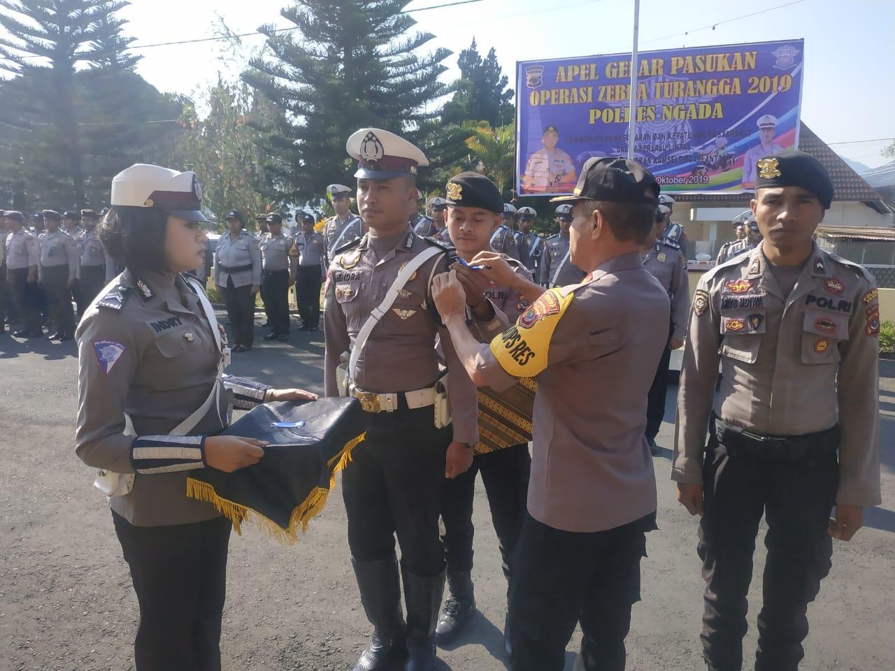 Polres Ngada Lakukan Gelar Pasukan Operasi Zebra Turangga 2019