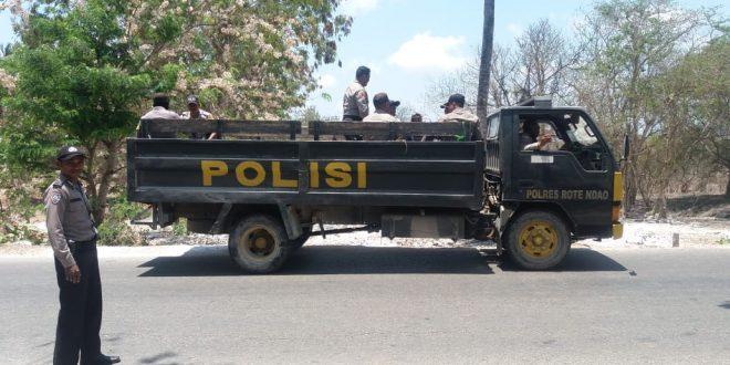 Dalam Rangka Siaga Satu, Polsek Rote Barat Gelar Patroli