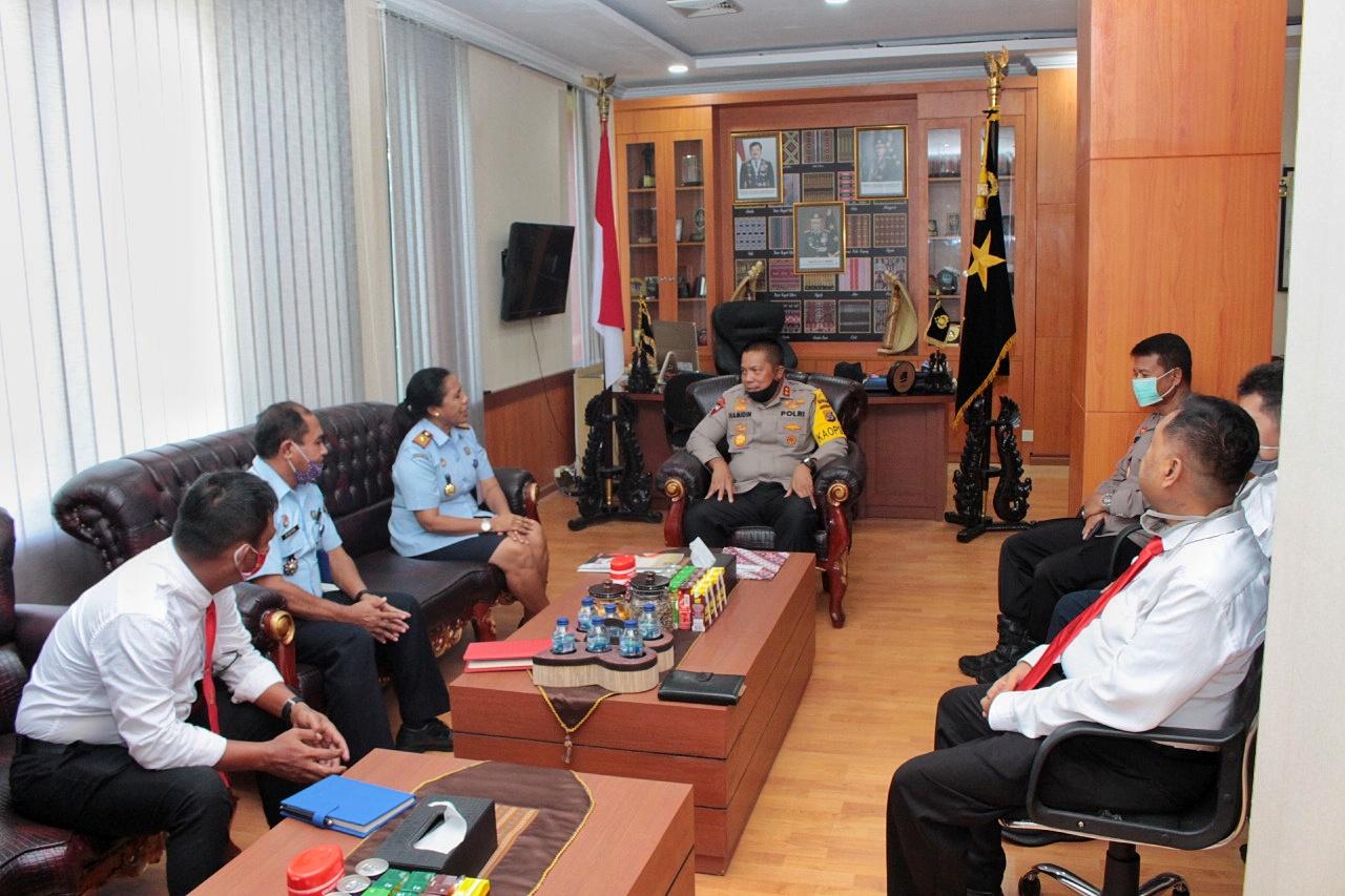 Kapolda NTT Menerima Kunjungan dan Silaturahmi Dari Kakanwil Kemenkumham NTT di Mapolda NTT